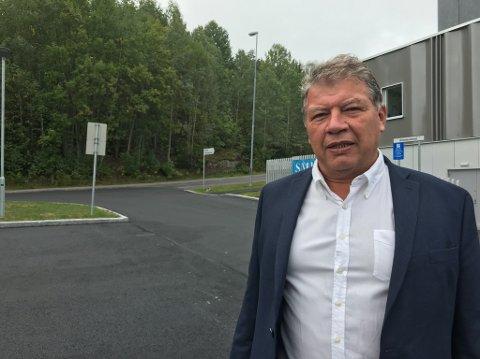 SONDERINGER: Ordfører Haktor Slåke vil si lite annet enn at sonderinger er i gang.