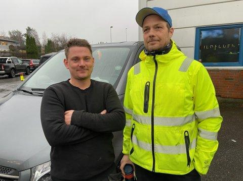 Anders Øinæs (t.v.) og Ronnie Kristiansen har innledet et samarbeid med Slåke Invest as ikke minst når det gjelder forsikringsjobber. FOTO: Ole Jonny Johansen