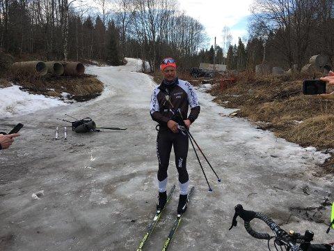 KLAR: Henrik Sollie gjør seg klar til rekordforsøket. FOTO: Privat