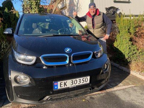 - VELDIG BRA: - Jeg ser mange fordeler ved å kjøre elbil, sier Drøbak-mannen Oscar Ihlebæk. FOTO: Ole Jonny Johansen