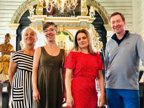 Klare for konsert: (f.v.) Anne Felberg, Lina Johnson, Lina Braaten og Tom Erik Lie.