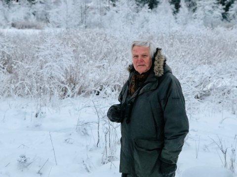 – Vi er redd sykkeltraseen vil komme til å berøre våtmarksområdet nordog østfor Persilengtjernet, sier Hans Tjernshaugen i  Norsk ornitologisk forening, avdeling Nesodden, her foran Persilengtjernet.