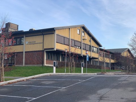 NYE SMITTETILFELLER: Nok en gang er Nesodden videregående skole rammet av koronasmitte.