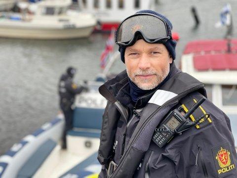 KLAR FOR PÅSKE: Rune Persen forteller at politiets sjøtjeneste er klare for påsken.