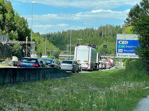 Lange køer som følge av to bilstanser på få timer i Oslofjordtunnelen  torsdag ettermiddag.