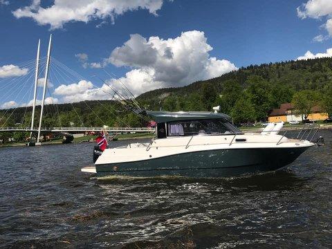 Båten til Robert Martinsen har endelig kommet til rette - takket være et tips.