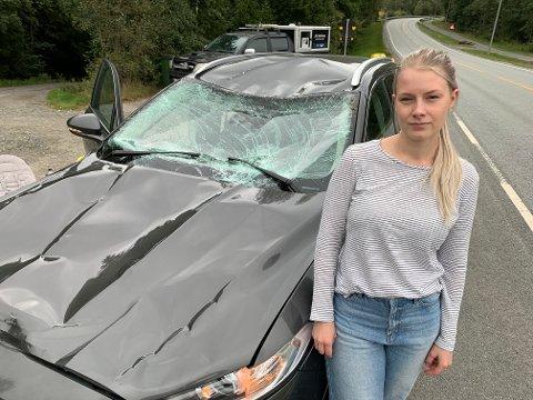 HELL I UHELL: Charlotte Solfjeld Linge og barna Mathilde og Oskar kom fra ulykken skremt, men uten skader fredag ettermiddag.