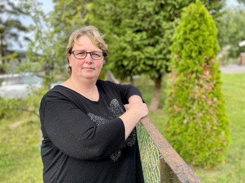 Anita Fjeldstad Hage har valgt å holde barna hjemme fra skolen.