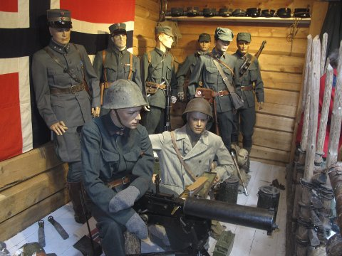 Fra utstillingen: Soldater fra 1940 med tidsriktig utstyr
