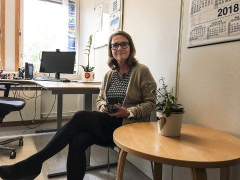KOMMER MED RÅD: Nav kommer med sommerjobb-råd til ungdommen, og Nav-leder Synnøve Narjord i Nord-Østerdal oppfordrer både arbeidsgiverne og de unge til å registrere seg.  (Arkivfoto).