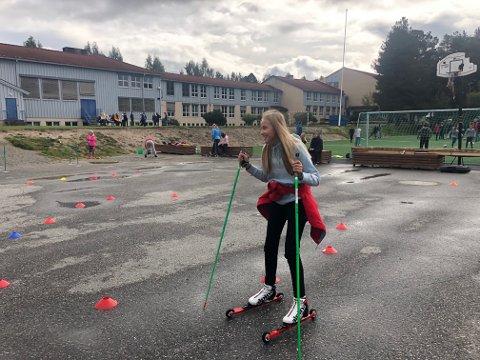 Full fart: Emilie Bakken Bergseth fikk testet rulleski.