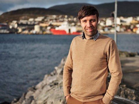 - Vi skal sette dagsorden og være tett på innbyggere og det som skjer, sier Arne Reginiussen, som blir ansvarlig redaktør for avisen.