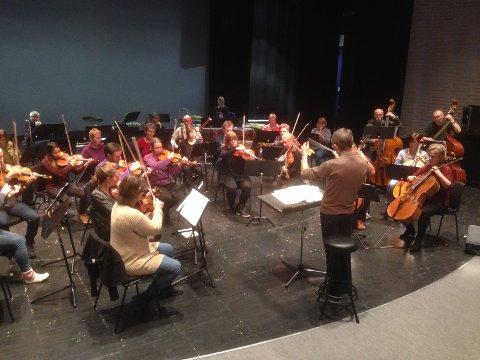 Øving med Nord-Østerdal symfoniorkester.