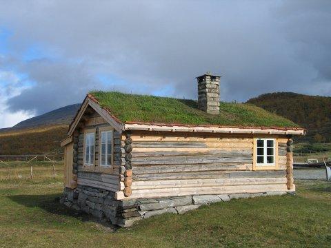 Illustrasjonsbilde:  Karstugu, Fokstugu på Dovre, Oppland fylke er støttet av Kulturminnefondet.