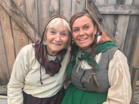 Turid Zahl (67)(t.v) og Kari Grotdal Brænd (56) har kost seg enormt