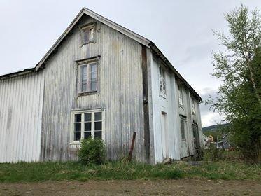 Holtålen kommune kjøper dette huset for 450.000 kroner.