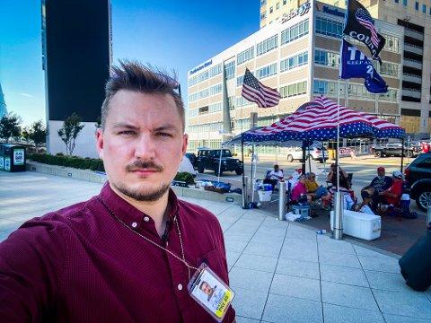 Med pressekortet rundt halsen er Lars Os til stadighet på farten for å rapportere om tilstandene i USA.