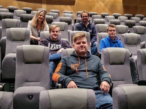 Inviterer til spilling: F.v. Anne Linn V. Schärer, Ove Testad, Daniel I. Grøttan, Martin Grytbak og Helmer Lundal.