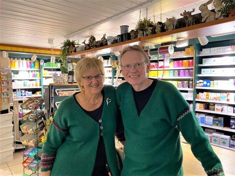PRØVER IGJEN: Ingolf og Randi Olsen selger Soloppgangen. Første forsøk ble stoppet av korona, men nå er de nok en gang på jakt etter nye drivere av den unike bedriften.