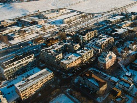 STORE OPPGRADERINGER: I sentrumsplanen som kommuenstyret har vedtatt legges det ikke bare opp til mange nye boliger og næringslokaler i Ås sentrum, men også betydelige investeringer i infratsruktur som veier, sykkelveier, ledningsnett og lekeplasser.