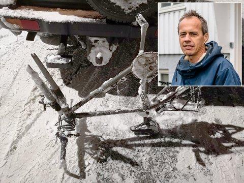 FRUSTRERT: Ås Avis skrev tidligere i februar om Bengt Sviu (innfelt) som hadde sykkeltyver på besøk. Han er frustrert over det høye antallet sykkeltyverier i Ås.