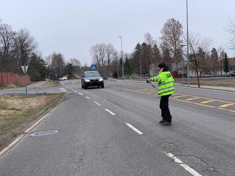 UP hadde kontroll flere steder i Follo denne uka. Har fra fv. 152 gjennom Ås sentrum.