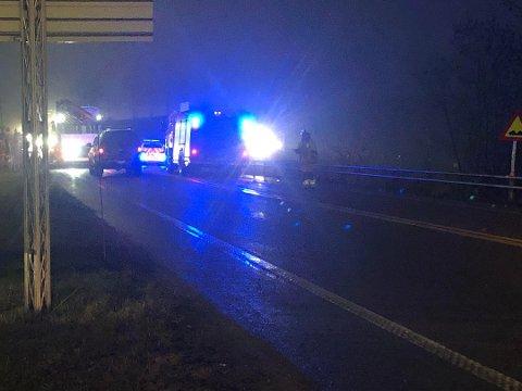 KVINNE PÅKJØRT: Onsdag morgen ble en 19 år gammel mann påkjørt ved Holstad.