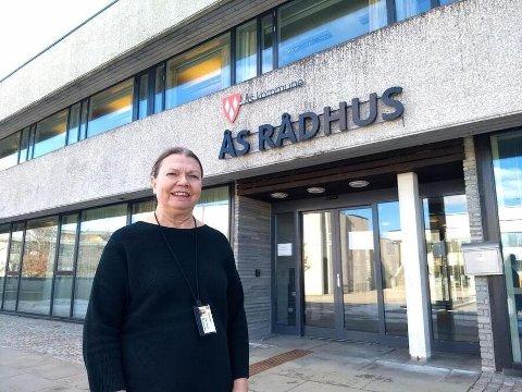 HAR DEKNING: Kommuneoverlegen i Ås kommune, Sidsel Storhaug har ryggdekning for innføringen av selvtest på koronavirus.