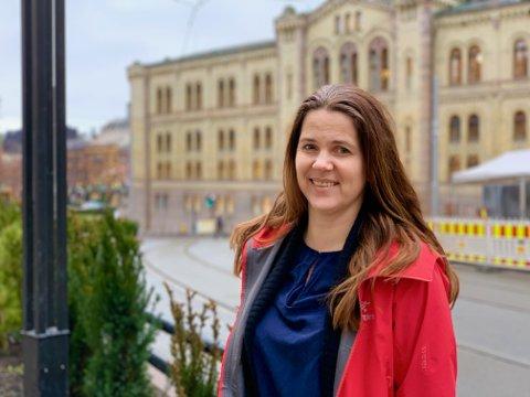 INN PÅ STORTINGET: Da Abid Raja ble utnevnt til kulturminister rykket hans vara Solveig Schytz fra Ås inn på Stortinget. Venstre-politikeren skal sitte i justiskomiteen.