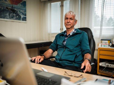 Etter 40 år som fastlege i Ås, gir Leif Sandsdalen seg og blir pensjonist.