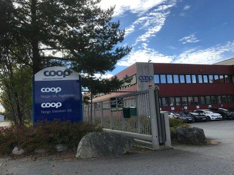 Ansatte som er organisert i Handel og Kontor ved Coop Norge SAs lager på Langhus kan bli tatt ut i streik fra lørdag.
