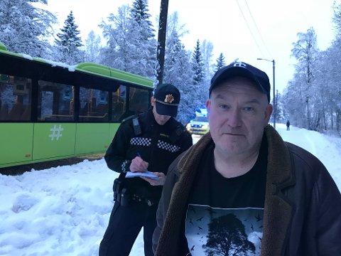 BLE IKKE REDD: Jan Olaf Verl ofra Asker rakk aldri å bli redd da bussen han satt i raste ut i grøften. Det gikk veldig fort, sier han.