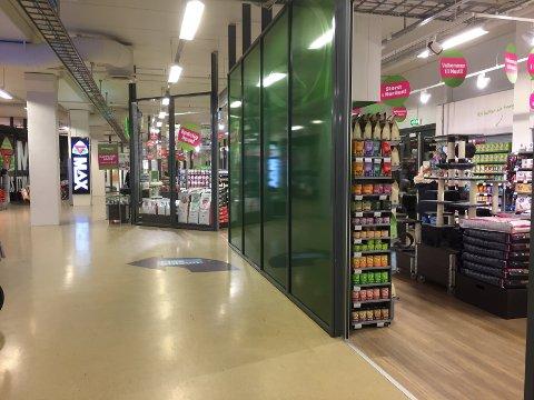NY BUTIKK: Dyrebutikkjeden Musti åpnet på Slependen Senter i februar. Dermed har senteret økt antall butikker fra åtte til ni.