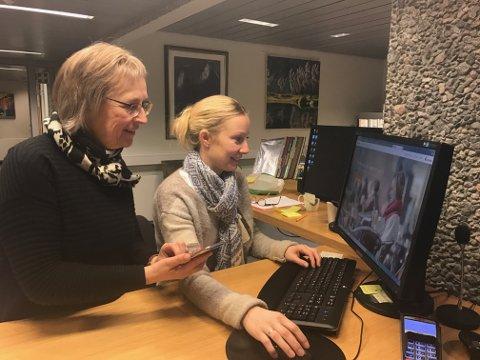 Ann Jorun (t.h.) og Randi Mette Bakkebø, jobber for at Sunndal kommune skal bil en digital kommune.