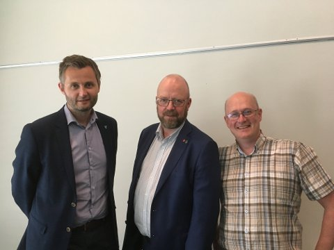 Per Sverre Kvinlaug (t.v.), Geir Waage og Ståle Refstie har vært med på opprettelsen av organisasjonen Industrikommunene.