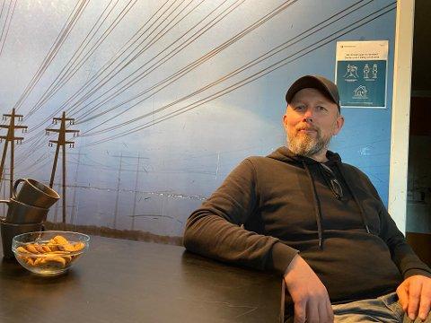 Håvard Aune ved Øra Kafe.