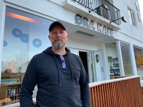 Åpner dørene igjen: Håvard Aune ved Øra Kafé åpner dørene fredag kveld.