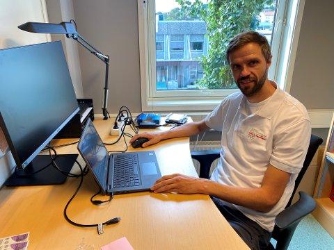 Svein Bergem er utdannet idrettspedagog. Han forteller at han brenner litt ekstra for barn og unge med funksjonsnedsettelser.