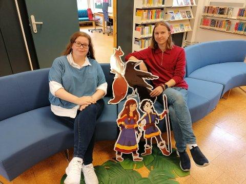Fornøyde med innsatsen: Kristin Reitan og Torgeir Brun er fornøyde med innsatsen til de unge lesehestene i årets Sommerles. – Poenget med lesing, er å lese det en selv liker, sier Torgeir Brun.