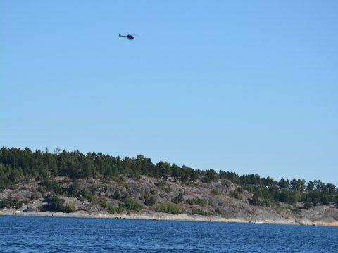 Det var dette helikopteret som tirsdag formiddag mistet lasten sin i Østerfjorden. - Dette er ikke bra, sier vakthavende inspektør hos Luftfartstilsynet.