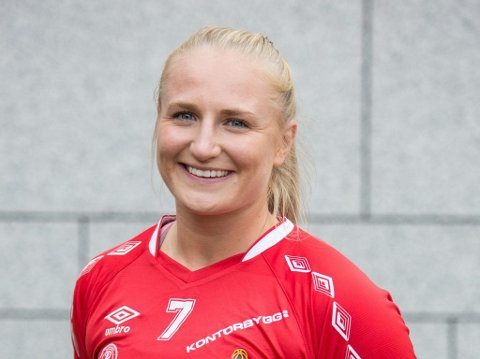 GIR SEG IKKE: Guro Lundtveit kombinerer studier med topphåndball i Oslo.