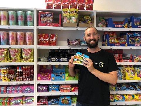 Ronny Gullhav, innhaver av Ronny´s hadde en løkt omsetning i april på 350%. Han er glad for å kombinere nettbutikk og fysisk butikk.