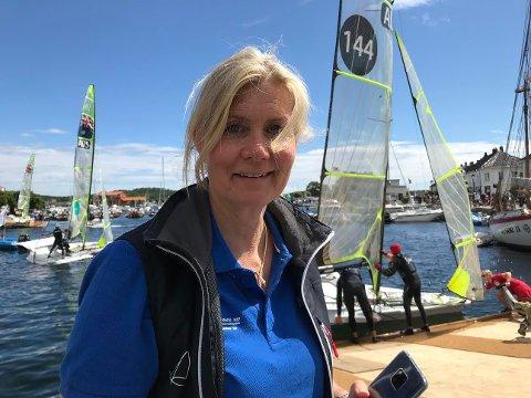 Primus motor, Anne Wichstrøm er strålende fornøyd med Junior-VM i seiling og kan ikke få rost de frivillige nok.