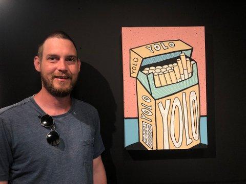 Terje Vestervik (34) mottok i fjor kunststipend fra Risør kommune. Etter et år er han klar for å vise hva han har jobbet med: – Det går mye i pastellfarger, sier han.