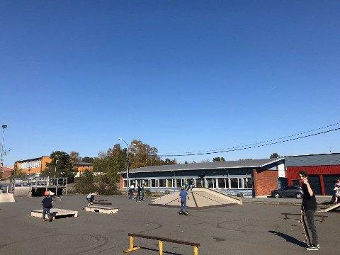 Formannskapet vedtok å bevilge mer penger til å få en ny skatepark i Risør.