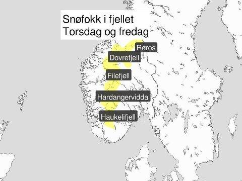UVÆR: Liten storm utsatte steder. Snø, etter hvert regn under 800-1000 meter, lyder varselet for fjellet i Sør-Norge. Foto: (Meteorologisk institutt)