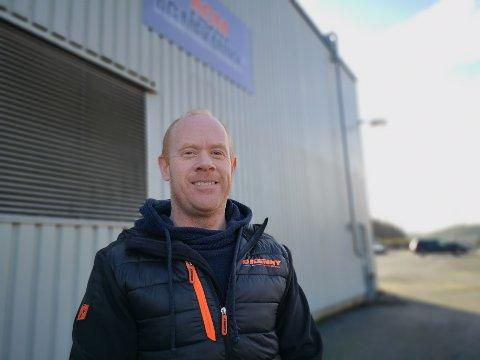 SELGER: Harald Mo og de øvrige eierne av AG Mekanikk har solgt selskapet til Otterlei Group AS. Mo fortsetter derimot som daglig leder for selskapet, og alle de ansatte fortsetter som før. Selskapet skal nå ansette fire nye personer for å møte veksten som kommer.