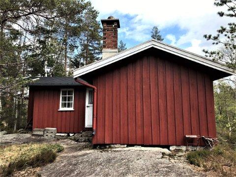 STOR INTERESSE: Mange har allerede vist interesse for denne primitive hytta i øvre Gjerstad
