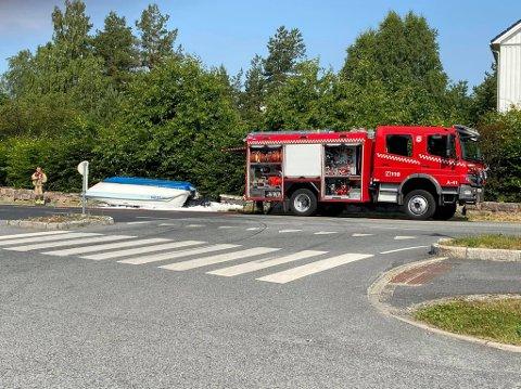 Båtturen endte før den i det hele tatt kom på vannet, lørdag formiddag.