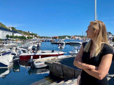 Johanne Bull Lund og familien har hatt hytte på Lekerøya så lenge hun kan huske. Taxibåt har vært et tema rundt middagsbordet i flere år. Hvorfor tilbyr ikke Risør det, spør hun.